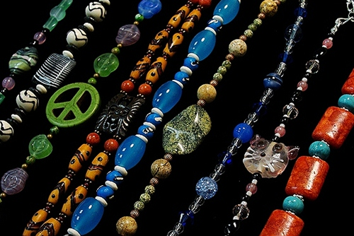 Make these beaded necklaces and bracelets in our Basic Bead & Stretch class.